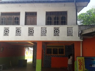 Building for rent in Wadduwa