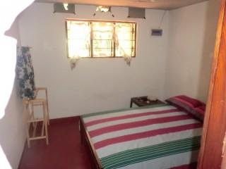 3 bedroom complete House For rent In Belihuloya.