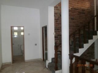 Upstairs House for Rent Closer to Kadawatha