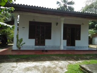 House for sale in Galle Labuduwa area