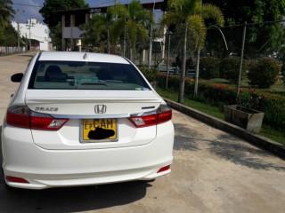 Honda Grace sale